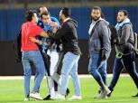 رئيس الزمالك يوبخ نجله وأيمن حافظ بسبب الاعتداء على مصور مباراة بيراميدز