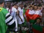 لاعبو قطر يحتفلون بلقب كأس أسيا بعلم دولة عمان