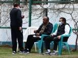 محافظ الإسماعيلية يدعم الدراويش قبل لقاء وادي دجلة في الدوري