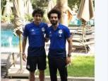 «هاني» ينشر صورته مع «صلاح» في معسكر المنتخب