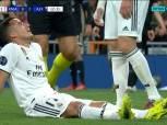 بالفيديو  «فاسكيز» يخرج من مواجهة ريال مدريد وأياكس باكيًا للإصابة