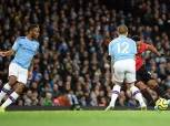 ستيرلينج يقود هجوم مانشستر سيتي أمام أرسنال