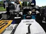 بالصور| قميص «رونالدو» يجتاح مدينة تورينو