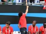 بالفيديو| «صلاح» يوقع على «تيشيرتات» لجماهير ليفربول بعد مواجهة دورتموند