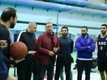 محمود الخطيب يدعم سلة الأهلي ويعقد جلسة مع لاعبي الفريق