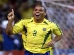 الظاهرة رونالدو: خمسة لاعبين استحقوا الكرة الذهبية لكنهم لم ينالوها