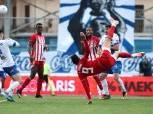 كوكا يسجل هدفين ويقود أولمبياكوس للفوز بلقب الدوري اليوناني