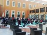 منتخب اليد يؤدي صلاة الجمعة في فندق الإقامة وسط إجراءات احترازية (فيديو)