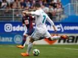 ثنائية «رونالدو» تقود ريال مدريد لفوز صعب على إيبار بالدوري الإسباني