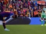 الدوري الإسباني| ريال بيتيس يُفاجئ برشلونة بـ «هدفين» في الشوط الأول