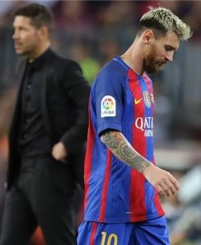 رئيس رابطة الدوري الأرجنتيني: ميسي لا يشعر بالسعادة في برشلونة