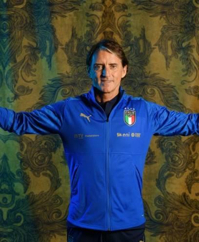تقارير: يوفنتوس يتحدى أرتيم دزيوبا أخطر أعداء «مانشيني» مدرب إيطاليا