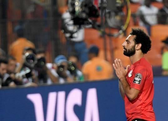 ليفربول يدرس زيادة راتب محمد صلاح وجعله الأعلى في الدوري الإنجليزي