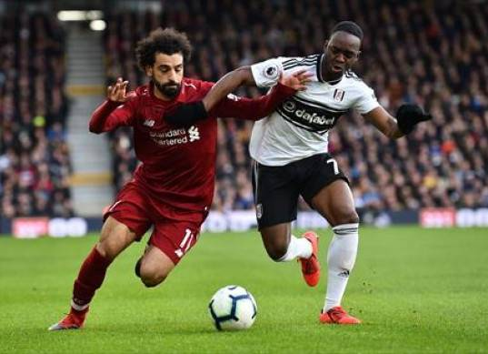 ليفربول يستعيد صدارة الدوري الإنجليزي بثنائية في شباك فولهام