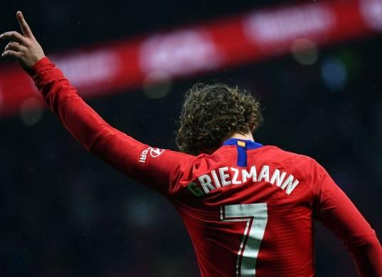 أتليتكو مدريد يعلن رحيل جريزمان.. واللاعب يقترب من برشلونة