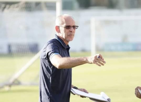 عاجل| الإسماعيلي يوافق على استقالة «فييرا» من تدريب الفريق