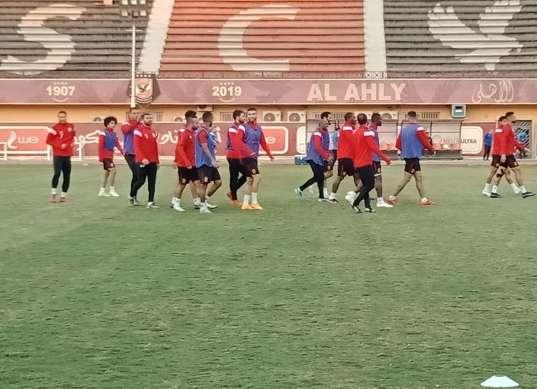 مشاركة هاني وتأهيل جمعة.. ملخص مران الأهلي الأخير قبل مواجهة الهلال