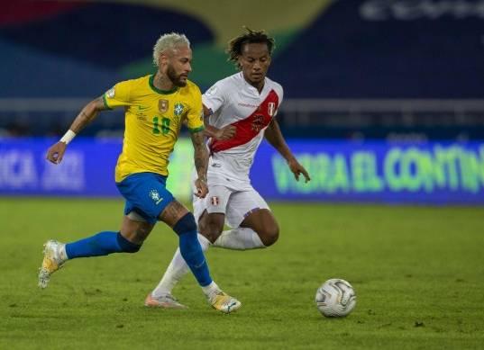 التشكيل الرسمي لمباراة البرازيل وكولومبيا في كوبا أمريكا