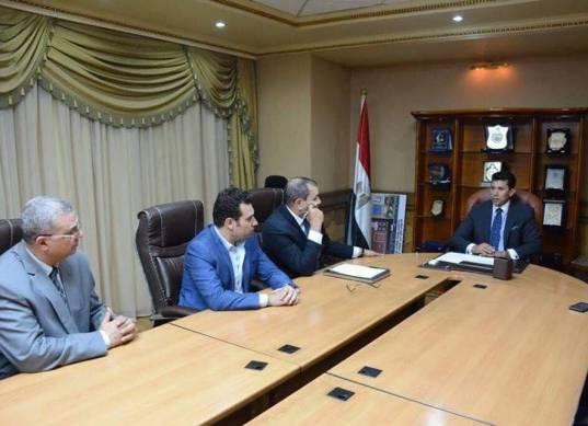 وزير الشباب والرياضة يحيل مخالفات اللجنة الأوليمبية للنائب العام