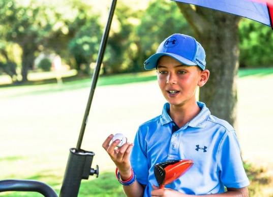 «أبو الخير» يهنئ علي سلامة بأدائه المميز فى بطولة فينسيا الدولية لناشئي الجولف