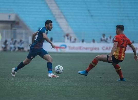 إصابة أكرم توفيق في مباراة الأهلي والترجي بدوري الأبطال «فيديو»