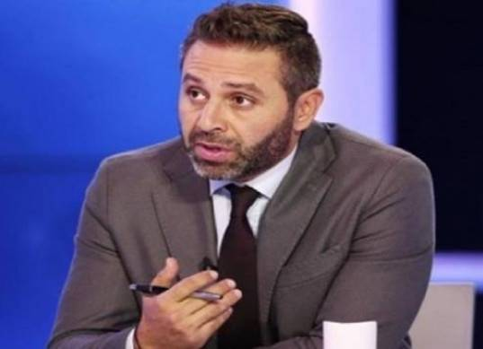 حازم إمام يقدم مقترحًا لرئيس الزمالك.. وينفي تعاقده مع قناة الأهلي