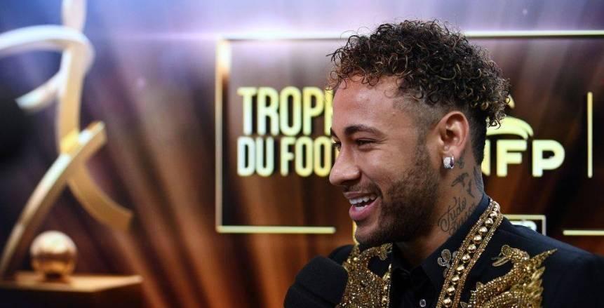 «نيمار» يحصد جائزة أفضل لاعب في الدوري الفرنسي