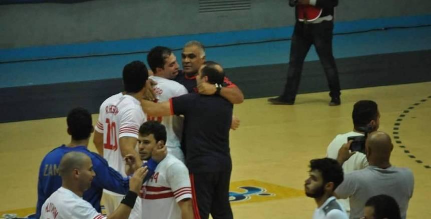 يد الزمالك يفتتح مبارياته بفوز كبير على بطل المغرب بالبطولة الأفريقية