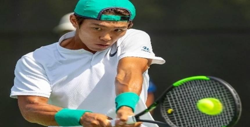 كيف تعامل مع الحكم؟.. أصم يحقق فوزًا تاريخيًا بمسابقات التنس للمحترفين