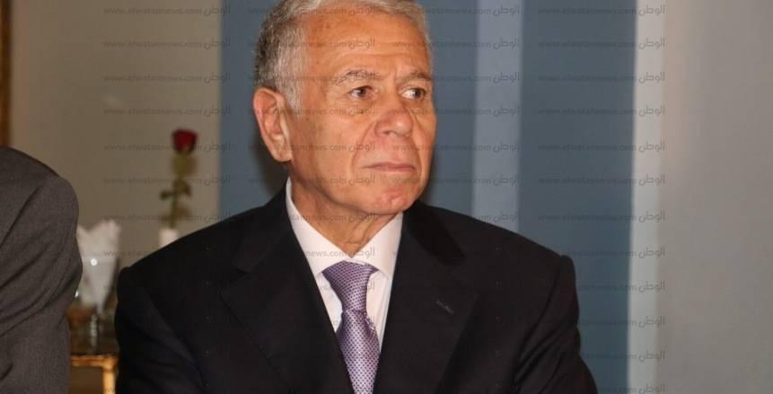 حسن حمدي وزير الدفاع والرئيس التاريخي للأهلي يحتفل بعيده ميلاده الـ71