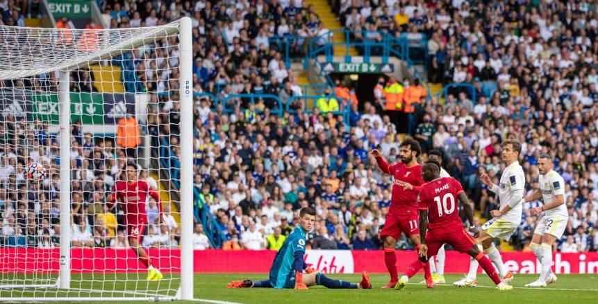 محمد صلاح «المئوي» يقود ليفربول للتقدم على ليدز يونايتد في الشوط الأول