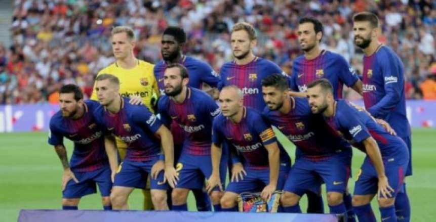 «سواريز» يقود التشكيل الرسمي لبرشلونة أمام صن داونز