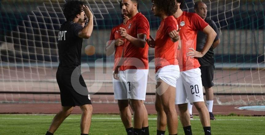 شوبير يعلن 3 سيناريوهات لأزمة عمرو وردة: اتحاد الكرة سيحسم قراره اليوم