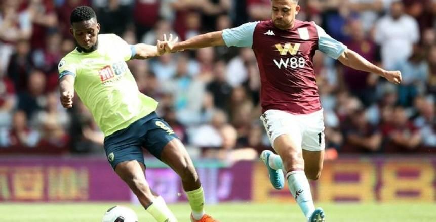 تريزيجيه ليس الأول.. 5 لاعبين مصريين تعرضوا لعقوبة الطرد في الدوري الإنجليزي