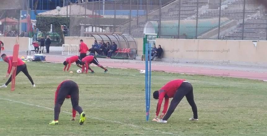 بالصور| محمود الخطيب يحضر مران الأهلي قبل موقعة بيراميدز