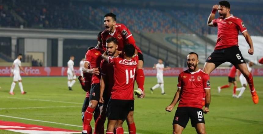 أكرم توفيق يرتدي قميص حسام عاشور وبانون رقم 3 في الأهلي