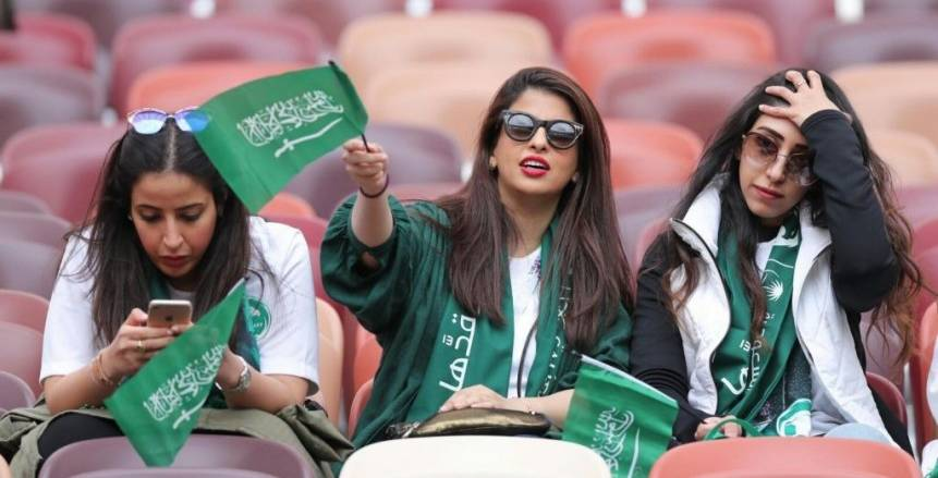 عودة الجماهير إلى ملاعب الدوري السعودي رسميا