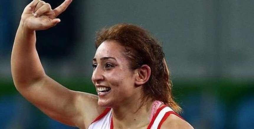 سمر حمزة تعود القاهرة ببرونزية الجائزة الكبرى للمصارعة