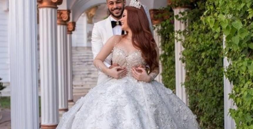 بيكهام يودع العزوبية وينشر صورا من حفل زفافه