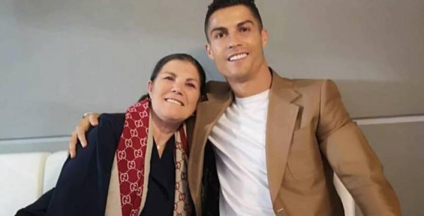 بعد تعافيها من الجلطة.. والدة رونالدو: محظوظة بالعودة للحياة من جديد