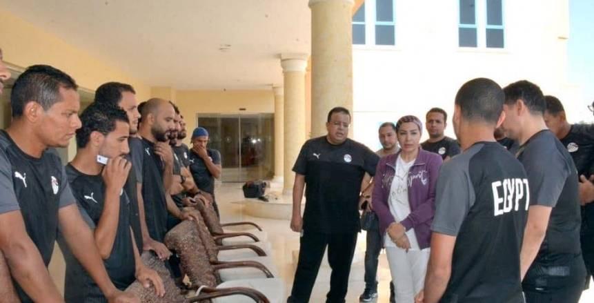 بالصور.. تفاصيل جلسة سحر عبدالحق مع منتخب مصر للكرة الشاطئية
