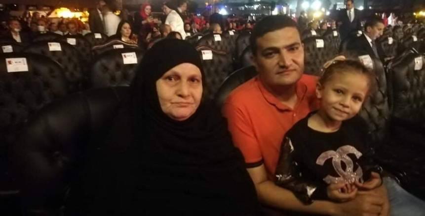والدة محمد عبد الوهاب على رأس الحضور لاحتفالية الأهلي بالنجمة العاشرة