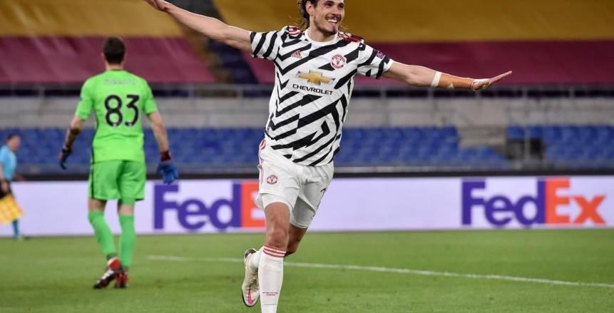كافاني يسجل رقماً مميزا ضد روما ويتوهج في الدوري الأوروبي