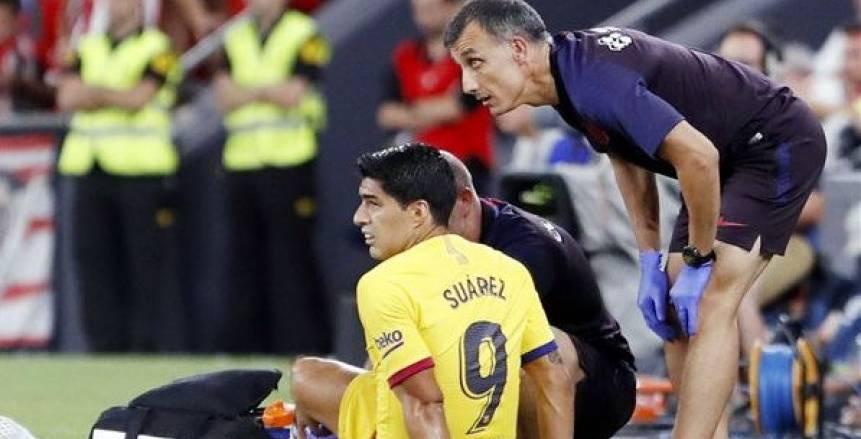 برشلونة يعلن غياب لويس سواريز حتى نهاية الموسم
