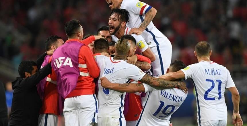 """تشيلي يهزم الكاميرون بهدفين في مباراة """"الفيديو"""" بكأس القارات"""