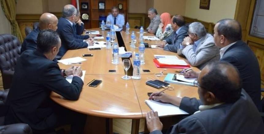 وزير الرياضة يلتقى مجلس إدارة اتحاد الاسكواش