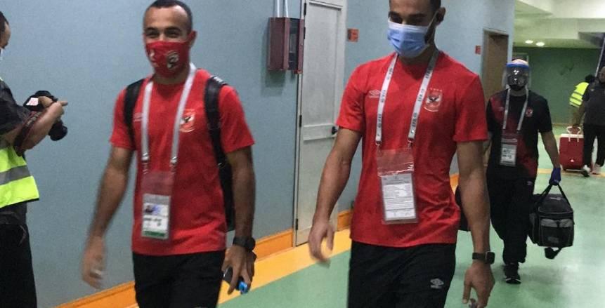 وصول لاعبي الأهلي لبرج العرب استعدادا لمواجهة الاتحاد (صور)