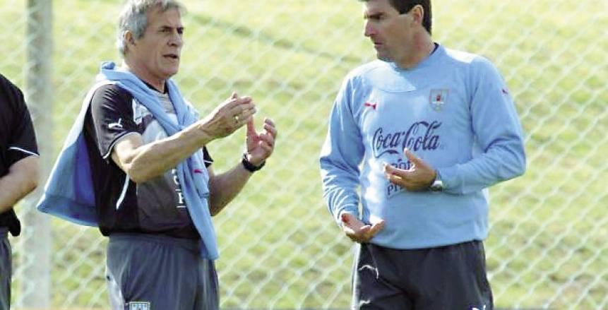 حوار| مدرب أوروجواى: «مومو» أحد أفضل ثلاثة لاعبين بالعالم حالياً.. وكأس العالم يحتاج لوجوده