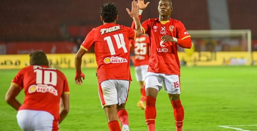 لقطات من مباراة الأهلي وسموحة في الدوري المصري