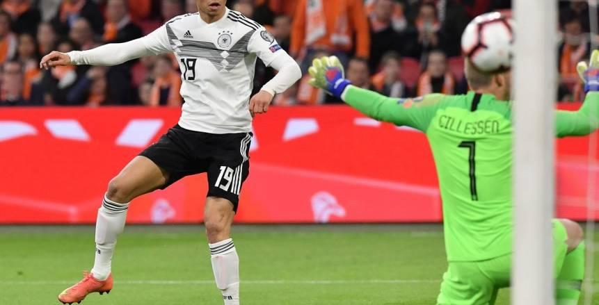 ألمانيا تحرز ثالث أهدافها في شباك هولندا